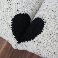 Crochet Pattern: Two Cushions, One Heart | Ned & Mimi