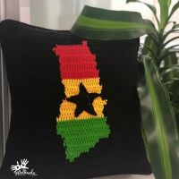 🧶 I'm very excited to share with you guys my very first crochet graphghan piece!!😄🙏🏽🎉🧶 Never give up on what you really want to do. The person with big dreams is more powerful than the one with all the facts. H. Jackson Brown, Jr. #GodisGood #crochetpillows #graphgan #stitchfiddle #crochet #ghana #interiordesign