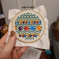 I've got 2 out of 11 done! Whoo! Not even close to half way there! But for real though, I messed up on the beginning of this one so many times that I just stopped ripping out the thread and got a whole new piece of fabric... But it's done now! Only 9 more hoops to go! (I'm gonna be real mad if this hoop tree doesn't turn out cute) #embroideryart #embroiderylove #embroideryhoopart #embroideryart #hoopart #dmcthreads #needlework #stitching #needlepoint #handmade #crossstitch #xstitch #crossstitchersofinstagram #practicemakesperfect #embroideryoftheday #embroidarylovers #ilovetostitch #makersgonnamake #christmas #christmasdecor #diycrafts #christmastree #christmastime #christmasdecorations #stitchfiddle
