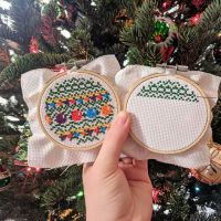 So I am making significantly slower progress on my Christmas tree than I expected 😂 I thought this would be quick and easy, I mean they're only 3 inch hoops right? WELL I forgot to take into account that I have a life outside of cross stitching 🙄 last night I sat down and finished the second tree hoop and started the third. At this rate I'll never be finished by Christmas so I'm making my tree a liiiiiiiittle bit shorter so I have less hoops to do. Fingers crossed I can actually get this done! 🤞🏼🤞🏼🤞🏼 #embroideryart #embroiderylove #embroideryhoopart #embroideryart #hoopart #dmcthreads #needlework #stitching #needlepoint #handmade #crossstitch #xstitch #crossstitchersofinstagram #practicemakesperfect #embroideryoftheday #embroidarylovers #ilovetostitch #makersgonnamake #christmasdecor #christmastime #christmas #christmasdiy #christmastree #christmascrossstitch #holidays #stitchfiddle