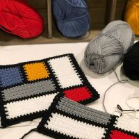 Inspiration can come from anywhere and today it is from Piet Mondrian in the form of potholders. It's magical to watch the art work come together with every stitch you make. Yarn: Lion Brand 24/7 Cotton Pattern credit: MsButtoned using Stitch Fiddle @stitchfiddle . . . #yarnspirations #crochet #crochethomedecor #moderncrochetmovement #crochetersofinstagram #colorfulcrochet #colorblock #mondrian #lionbrandyarn #lionbrand247cotton #handmade #handmadewithlove #yarnfriendsrock #stitchfiddle #wip #yarnstory #yarnaddict #yarnlove #crochetmagazine