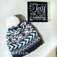 Who else has tried loom knitting? I do this when my hands and shoulders need a change of pace. It is a very versatile fiber hobby that allows you to create beautiful works. I used Stitch Fiddle to create my own pattern for this hat/beanie. #loomknitting #stitchfiddle #loomknittersofinstagram #crochetbeanie #knittersofinstagram #crochet