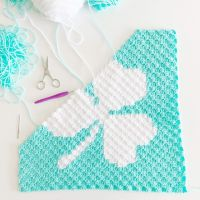 ☘️ What's on your hook today? I'm working on this corner to corner (C2C) Shamrock graph. I'm not sure yet if I'll turn it into a pillow. It could also be used as wall art. Let me know what you think. SAVE & SHARE this post so you don't lose the links. Pattern: https://lovableloops.com/shamrock-pillow-crochet-pattern/ Yarn: @yarnspirations Red Heart Super Saver Hook: @cloverusa Blog: https://lovableloops.com/patterns YouTube Tutorials: https://youtube.com/c/lovableloops Etsy Shop: https://www.etsy.com/shop/lovableloopsshop #lovableloops #crochetpatterns #crochet #crochetersofinstagram #crochetaddict #crochetdesigner #crochetdesign #crochetdesigns #freecrochetpattern #cozycrochet #crochetforinstagram #crochetlove #cloverusa #crochetproject #crochetprojects #c2ccrochet #cornertocorner #cornertocornercrochet #stitchfiddle #redheartyarn #redheartyarns #yarnspirations #crochetgraph #crochetshamrock #springcrochet #redheartsupersaver #freecrochetpatterns #ilovecrochet