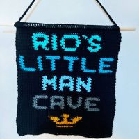 Every little man deserves his very own man cave sign! These wall hangings can be customised in any way you can think 🤔 DM for enquiries x -- #gift #giftideas #handmadegifts #handmadewithlove #crochetgifts #crochet #crochetersofinstagram #mancave #littleman #littleboy #boysroom #boysroomdecor #homedecor #giftsforboys #boysgifts #birthday #smallbusiness #shopsmall #blackownedbusiness #blackowned #blackcrochetersofinstagram #blackcrocheters #woolwarehouse #stylecraftyarn #stitchfiddle #tapestrycrochet #graphgan