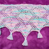 Nested Hearts Lace Cowl